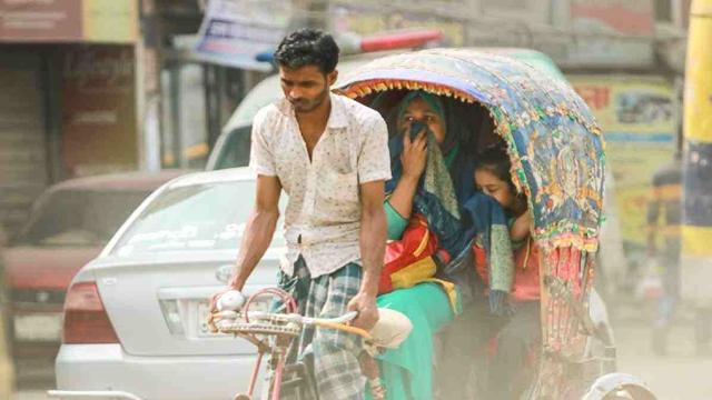 The air Dhakaites breathe 'unhealthy'