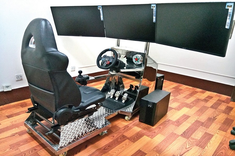 BUET simulator to study drivers' behaviour