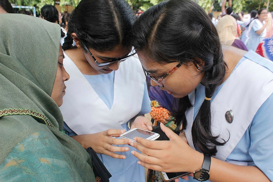 Govt to publish SSC results two weeks after reopening