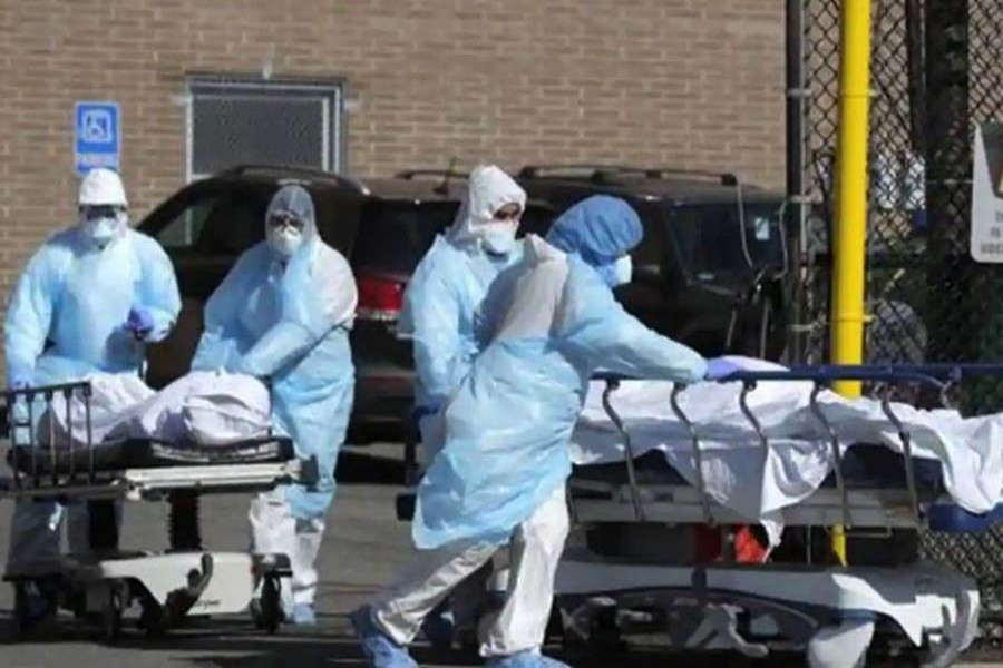 US coronavirus death toll crosses 100,000 mark