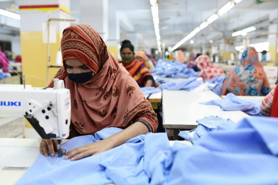 Apparel sector for 0.25pc source tax
