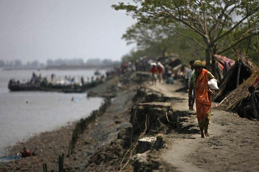 Govt spending Tk 32.80b to protect coastal areas