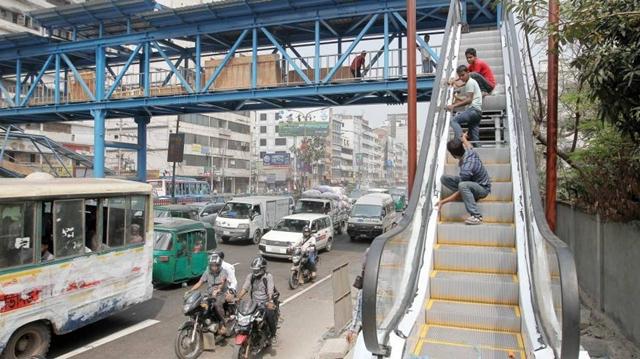 15 north city footbridges to get escalators