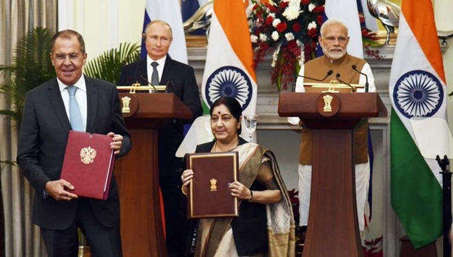 India and Russia ink deal on S-400 missile system