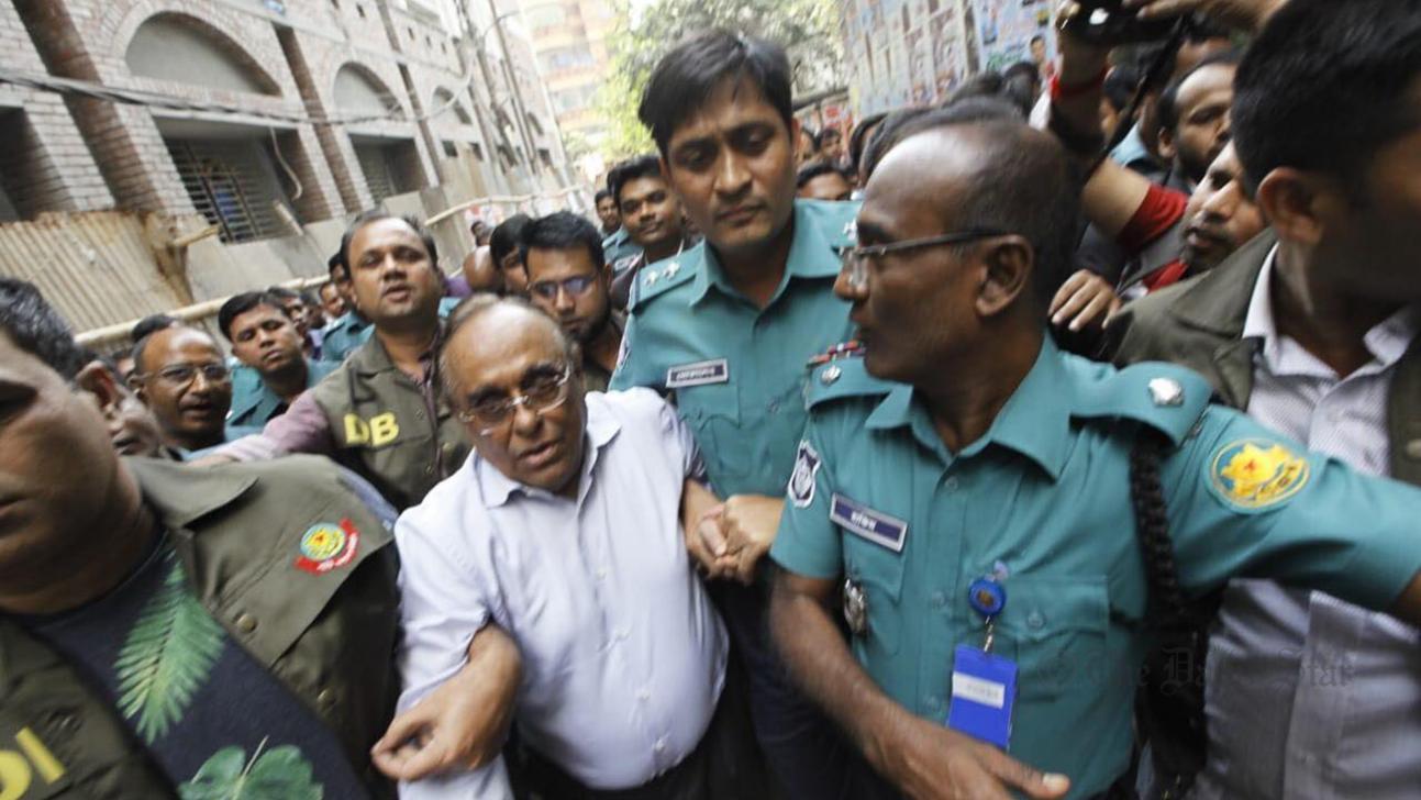 Mainul Hosein sent to jail 'for defaming' Masuda Bhatti