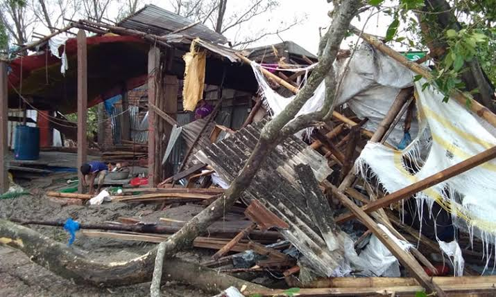 Cyclone Amphan causes damage worth Tk1,100cr