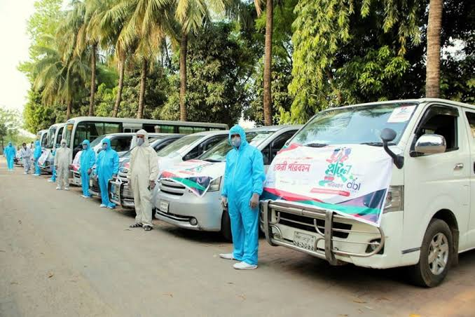 Free transport service for doctors, nurses launched in capital