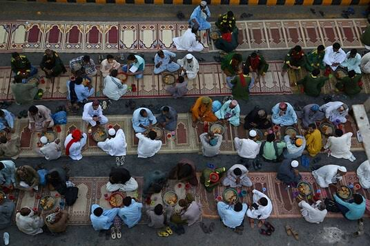 Govt bans Iftar gatherings during Ramadan