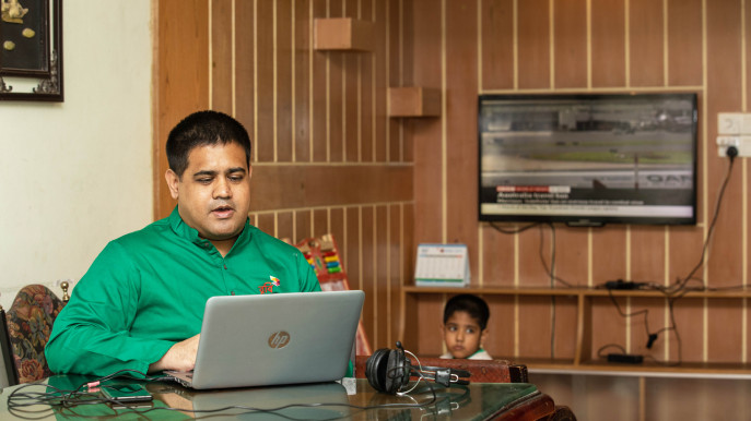 Virus scare prompts firms to go for work-from-home policy