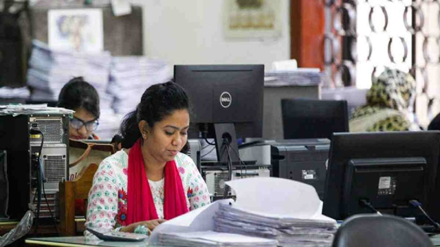 Ensure more jobs for women to achieve desired prosperity: Experts