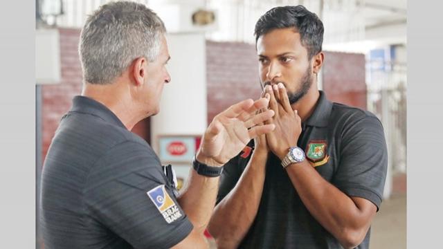 Rhodes glad to have Sakib back