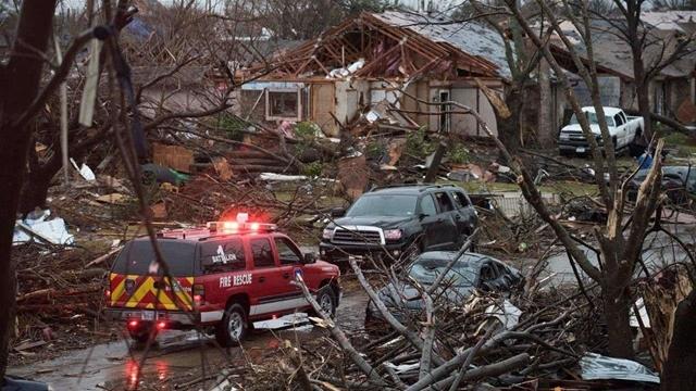 At least 23 die in US tornado