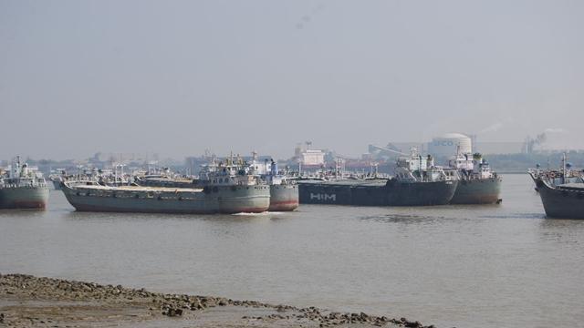 Huge export consignments miss shipment, vessels sail empty