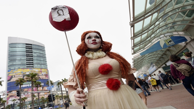 Fans descend on San Diego for the 50th Comic-Con