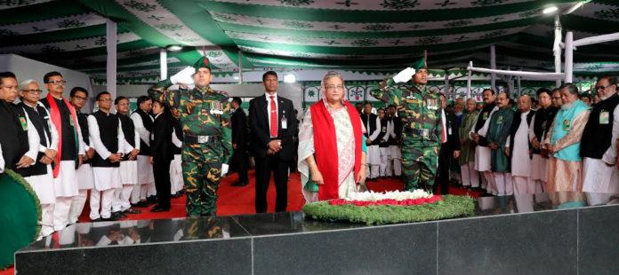AL pays homage to Bangabandhu on Independence Day