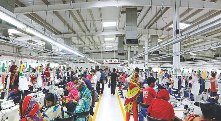 BGMEA again seeks govt support to pay Aug wage