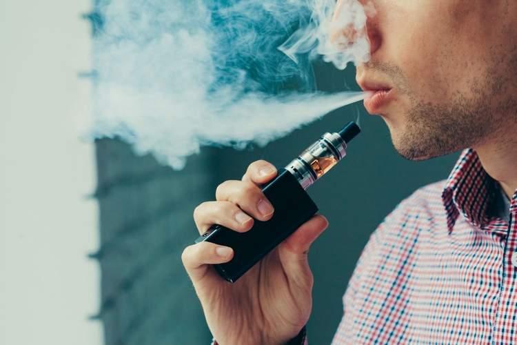Keep calm and vape on: UK embraces e-cigarettes, US cautious