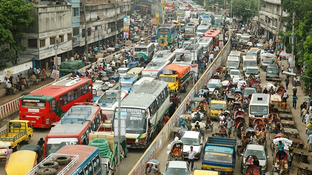 Dhaka's transport system suffers for lack of vision, not for money: Experts