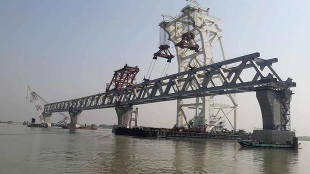 Work on 294 piles of Padma Bridge completed