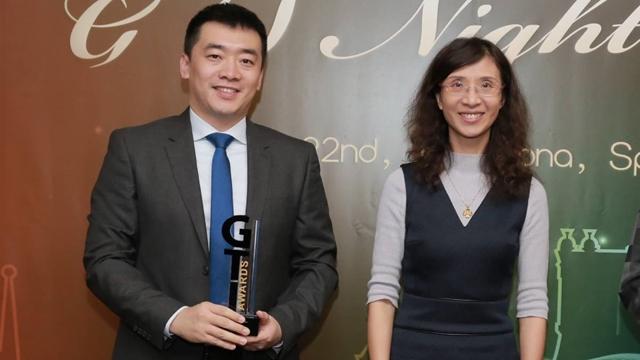 Huawei wins market development award