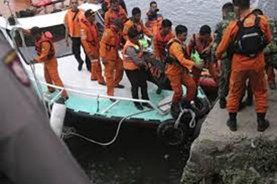 Nearly 200 feared dead after ferry sinks