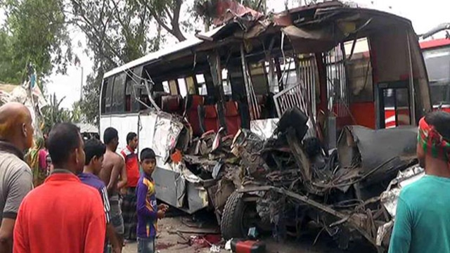 Eight killed, 20 injured in Panchagarh road accident