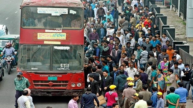 Commuters suffer as passenger busses go off roads