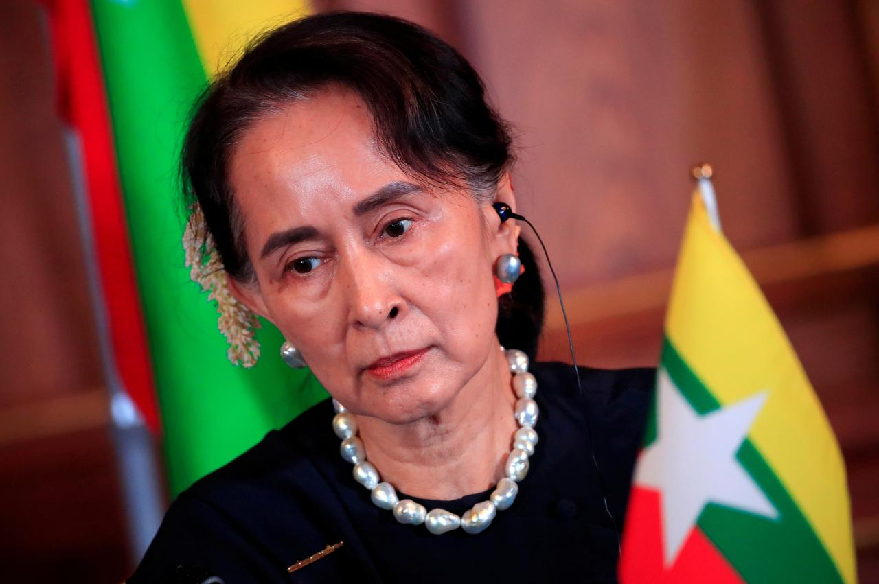 Aung San Suu Kyi faces first legal action over Rohingya Muslims