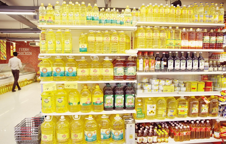 Local edible oil exporters in a tight spot