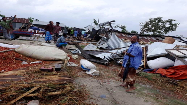 2 killed as cyclone 'Fani' lashes coastal areas