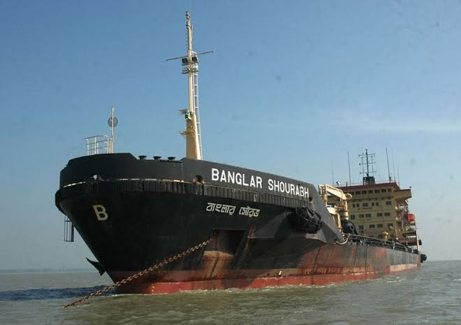 Flag vessels law may create some difficulties for feeder operators