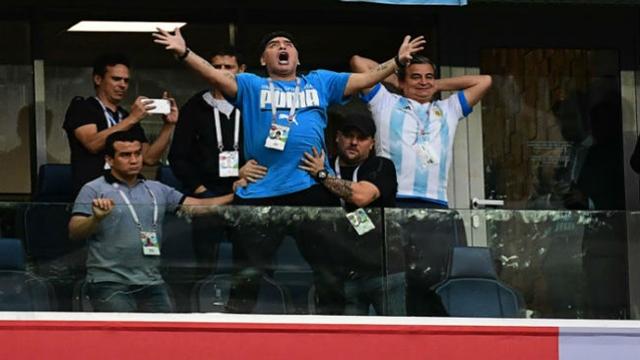 Maradona chided for obscene gesture