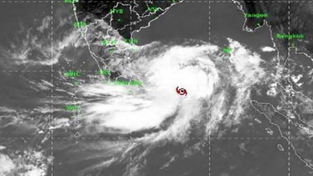 Cyclone 'Fani': Danger signal No 7 for Mongla, Payra ports