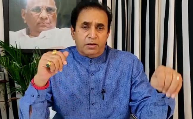 """Burst Crackers, Beat Drums"": Maharashtra Minister On Locust Attacks"