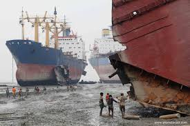Govt to set up shipbuilding, ship recycling industries in Barguna