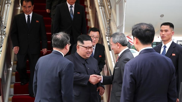 Kim arrives in Singapore before Trump Kim summit
