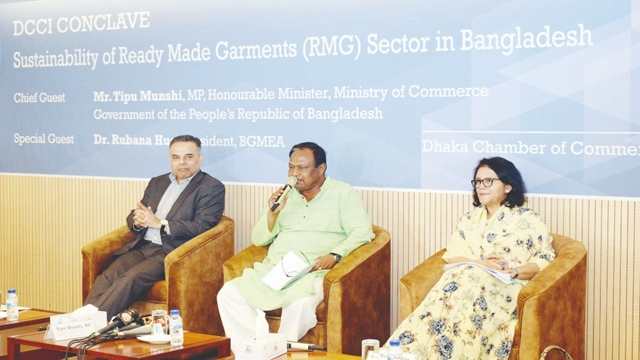 5% cash incentive sought on RMG export for next 3 years