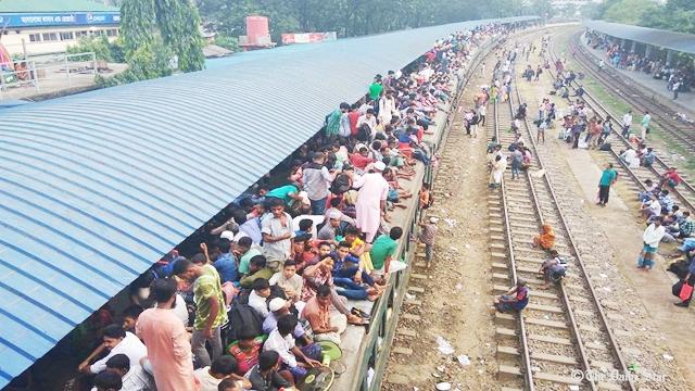 Homegoers suffer as trains run late