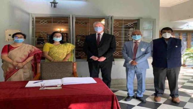 US Deputy Secretary of State pays tributes to Bangabandhu